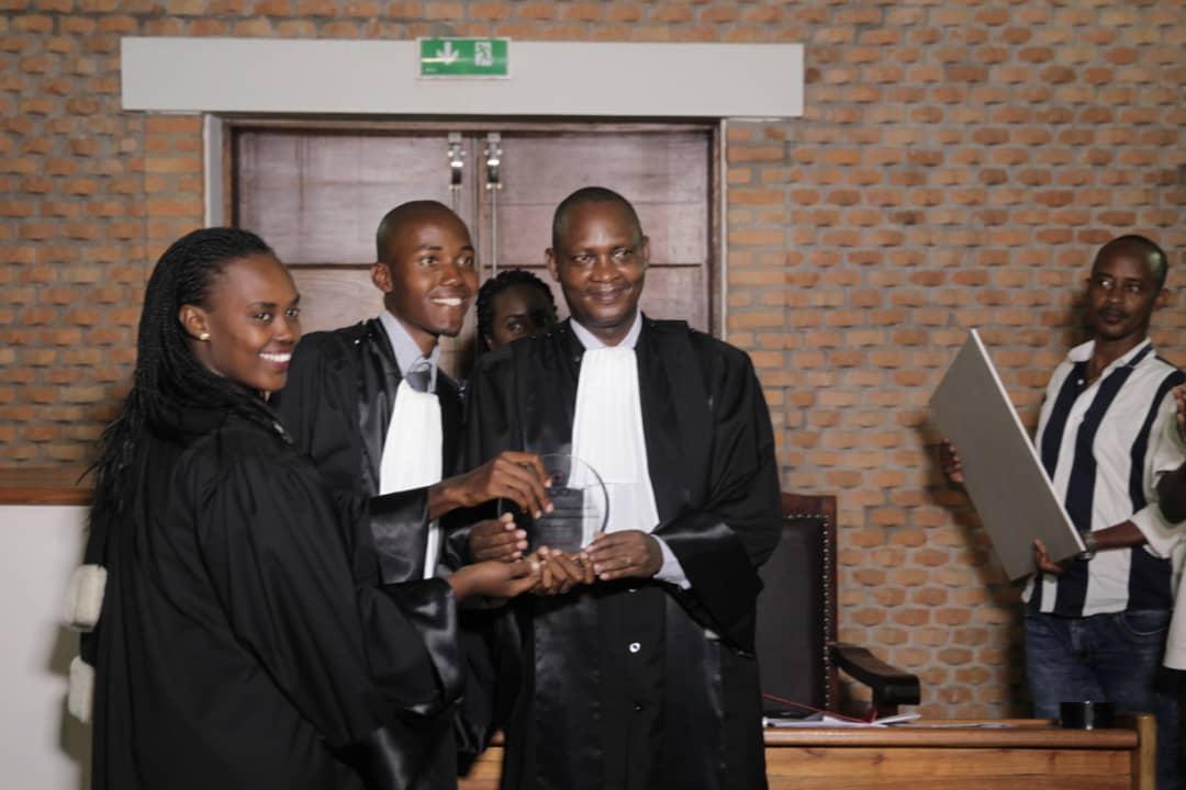 Ulbu remporte la 1ère place dans un concours de plaidoirie en Droit international Humanitaire.